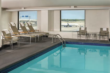Featured Image | The Westin Detroit Metropolitan Airport
