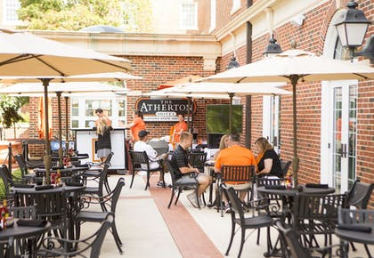 Outdoor Dining | The Atherton Hotel At OSU