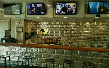 Hotel Bar | Pearl on the Concho