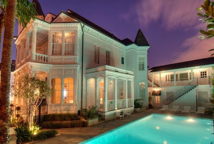 Featured Image | Melrose Mansion