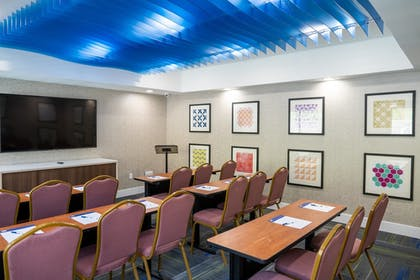 Meeting Facility | Holiday Inn Express & Suites Lake Forest