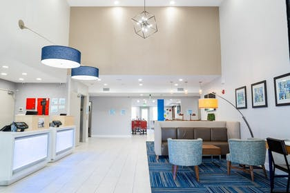 Interior | Holiday Inn Express & Suites Lake Forest