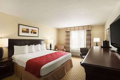 | Premium Suite, 1 King Bed, Non Smoking (1 Bedroom) | Country Inn & Suites by Radisson, Bakersfield, CA