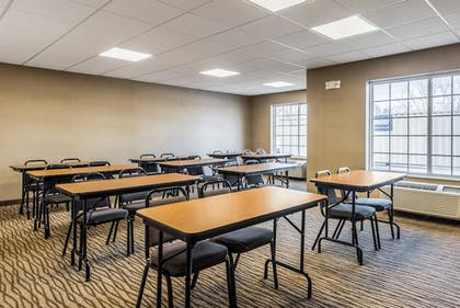 Meeting Facility | Comfort Inn & Suites Dayton North