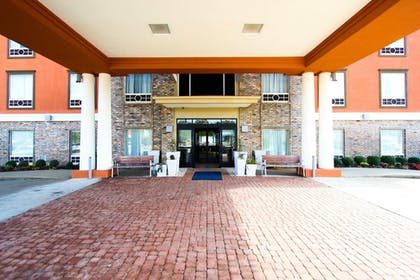 Exterior | Holiday Inn Express Hotel and Suites Nacogdoches