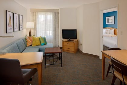 Guestroom | Residence Inn by Marriott San Diego Mission Valley