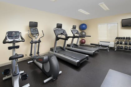 Sports Facility | Towneplace Suites Abq Airport
