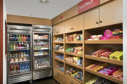 Snack Bar | Towneplace Suites Abq Airport