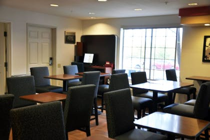 Restaurant | Towneplace Suites Abq Airport
