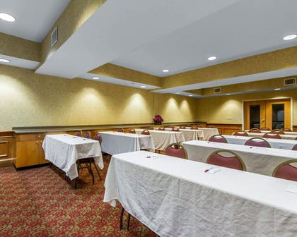 Meeting Facility | Comfort Suites Airport