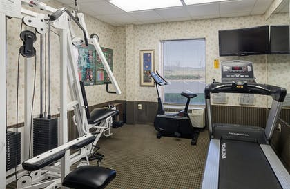 Fitness Facility | Mainstay Suites Airport