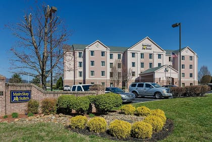 Featured Image | Mainstay Suites Airport