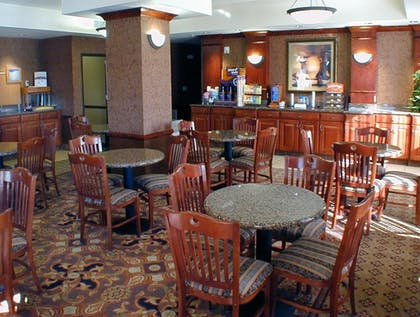 Breakfast Area | Holiday Inn Express Hotel & Suites Barstow-Outlet Center