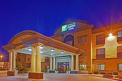 Featured Image | Holiday Inn Express Hotel & Suites Barstow-Outlet Center