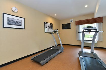 Fitness Facility   Holiday Inn Express Hotel & Suites Petersburg-Dinwiddie