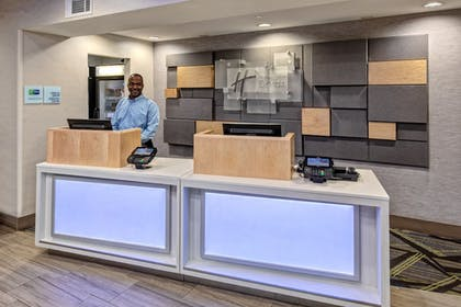 Lobby | Holiday Inn Express Hotel & Suites Memphis Southwind