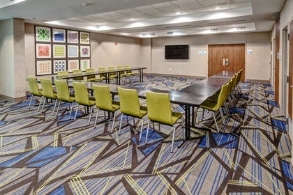 Meeting Facility | Holiday Inn Express Hotel & Suites Memphis Southwind