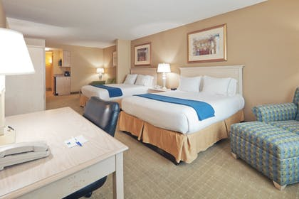 Room | Holiday Inn Express Hotel & Suites Memphis Southwind