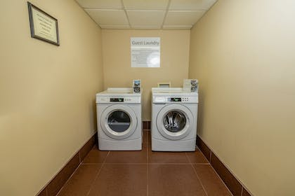 Laundry Room | Holiday Inn Express Hotel & Suites Birmingham-Irondale(East)