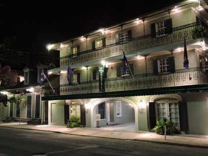 Hotel Front - Evening/Night   French Quarter Suites Hotel