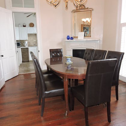 In-Room Dining   French Quarter Suites Hotel
