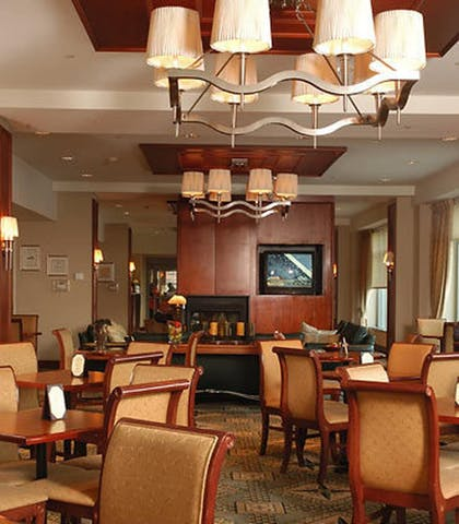Dining | Residence Inn by Marriott Boston Harbor on Tudor Wharf