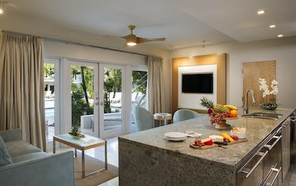 | Luxury 2 Bedroom Poolview Flat Suite | Santa Maria Suites