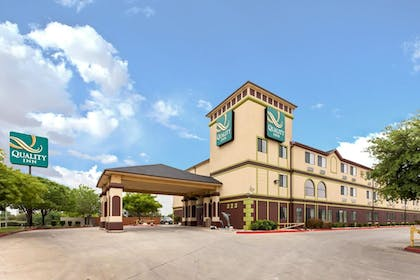 Featured Image | Quality Inn near SeaWorld - Lackland