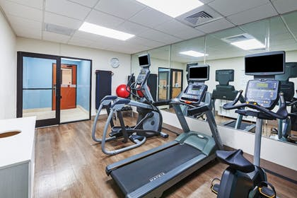 Fitness Facility | Holiday Inn Express & Suites Houston - Memorial Park Area
