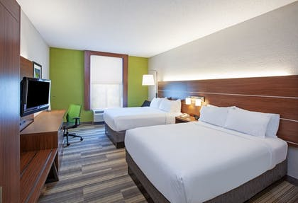 Guestroom | Holiday Inn Express & Suites Houston - Memorial Park Area