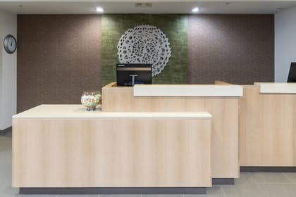 Reception | Fairfield Inn & Suites by Marriott Bend Downtown
