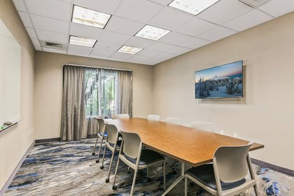 Meeting Facility | Fairfield Inn & Suites by Marriott Bend Downtown