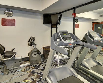 Fitness Facility | Comfort Inn & Suites Beachfront