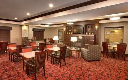 Lobby | Holiday Inn Express & Suites Grand Junction