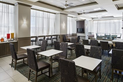 Restaurant | Residence Inn by Marriott Houston Downtown/Convention Center
