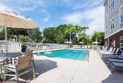 Pool | Holiday Inn Express Sarasota East - I-75