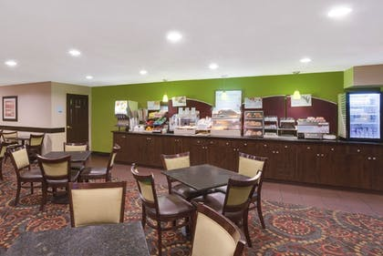 Breakfast Area | Holiday Inn Express Sarasota East - I-75