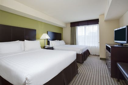 Guestroom | Holiday Inn Express Sarasota East - I-75