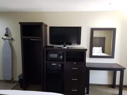 Guestroom | Days Inn by Wyndham El Centro