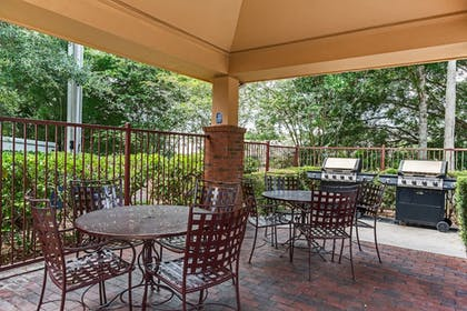 BBQ/Picnic Area | Candlewood Suites Lake Mary