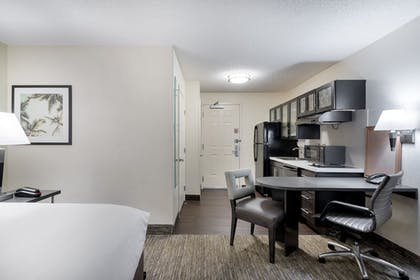 Guestroom | Candlewood Suites Lake Mary