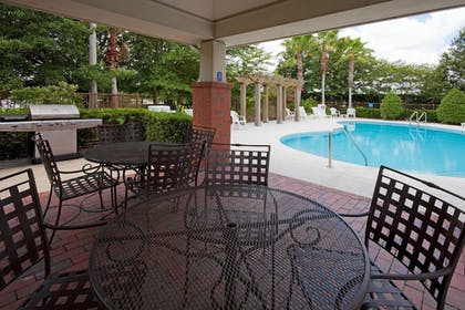 Outdoor Pool | Candlewood Suites Lake Mary