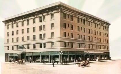 Hotel Front | The Historic Plains Hotel