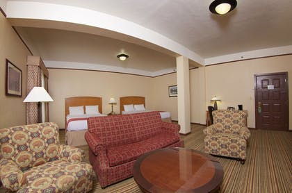Guestroom | The Historic Plains Hotel