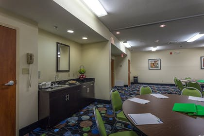 Meeting Facility | Holiday Inn Express Hotel & Suites Edmond