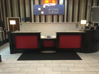 Reception | Holiday Inn Express Hotel & Suites Pittsburgh-South Side