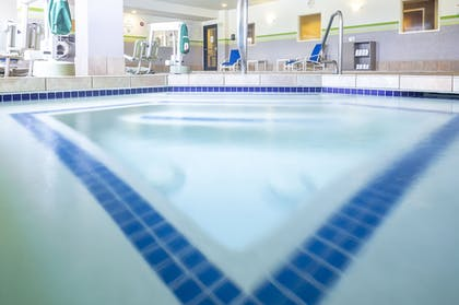 Pool | Holiday Inn Express Hotel & Suites Manchester Airport