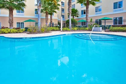 Pool | Holiday Inn Express Hotel & Suites New Tampa I-75