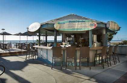 Poolside Bar | Compass Cove Resort