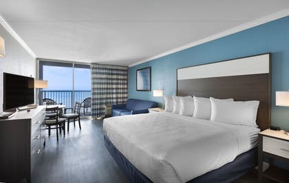 Guestroom | Compass Cove Resort